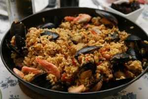 Spanien Urlaub Paella, Tapas und Fischgerichte