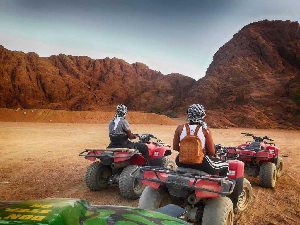 Ägypten Urlaub Wüste Natur Quad Biking
